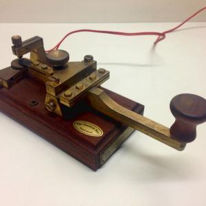 1854年2月24日、「日本初の電気通信が行われた日」