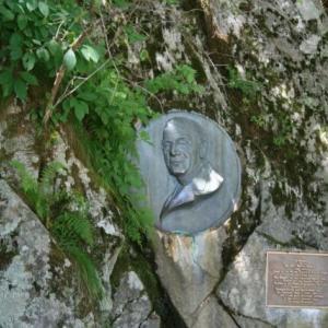 毎年6月第1土曜日と第1日曜日は、日本近代登山の祖である、英国人のウォルター・ウェストン宣教師 の日です。
