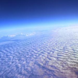 1995年9月16日は、国連総会において、国際オゾンデーとする」ことを決議しました。