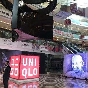 インド・デリーに、ユニクロのインド1号店がついにオープン!!