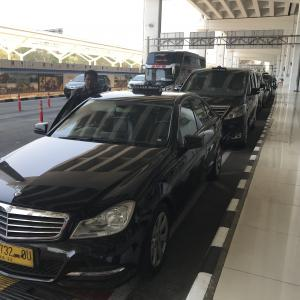 ジャカルタ空港から市内への移動はシルバーバードタクシーで