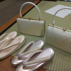 【卒園式&七五三】母親用の草履とバッグのセットを決めたい!