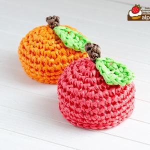 ドールのためのあみぐるみりんご帽子とオレンジ帽子