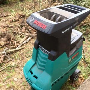 ガーデンシュレッター(園芸用粉砕機)を導入しました