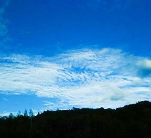 SL車窓から見た上州の秋空