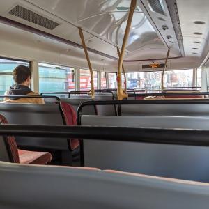 バスに乗りました【イギリス準ロックダウン生活】