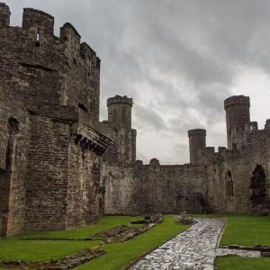 北ウェールズ・コンウィ観光 コンウィ城はラピュタの城のモデル!