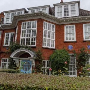 ロンドンのフロイト博物館 見どころ&貴重な芸術品たっぷり!