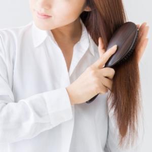 使いやすくて効果抜群!あんず油のヘアケア効果がすごい!つばき油との違いは?