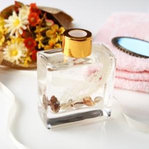 穏やかな香りで使いやすい香水♡人気のオーデコロン