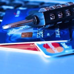 盗み見に対応!番号のないクレジットカードが誕生!盗み見に対応