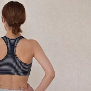 ダンベルで背中のトレーニング!筋肉の部位や鍛え方は?
