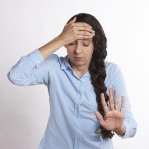 プロテインで起こりうる副作用とは?飲む際の注意点とは?