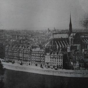 赤旗 vs 三色旗 ―1936年パリの抵抗―