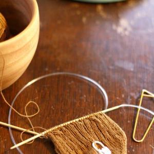 刺し子の糸で靴下