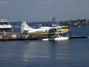 料金もリーズナブル、シアトルにて水上飛行機での遊覧飛行を体験