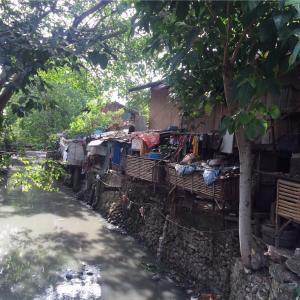 【フィリピンセブ島】スラム街へ行く際の注意点と訪問した感想【ロレガ地区】