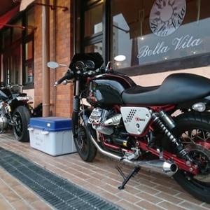 """"""" イタリアンとバイク """""""