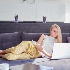 副業のライティングは初心者でも稼げるようになれる夢のある仕事!