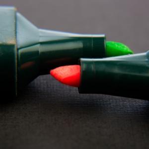 暗記用のペンと下敷きは理論に使えるか?