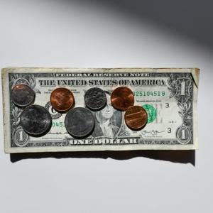 1000円でも集まれば大金になる!