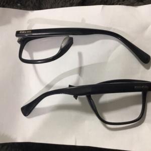 眼鏡をぶっ壊す