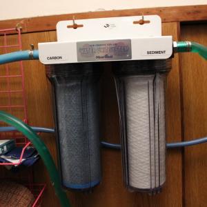 浄水器のカートリッジフィルターでも交換しますか