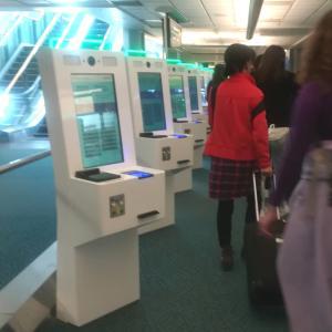 カナダに到着!学生ビザで入国する際の手順〜バンクーバー国際空港