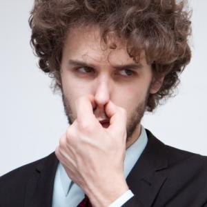 口臭・体臭原因と対策!柔軟剤・香水は必要?【モテ男の清潔感の出し方~1m編④】