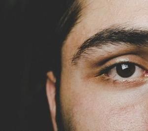 眉だけでこんなに印象が変わる!?男なら絶対必須の眉の整え方のコツ&必要アイテム