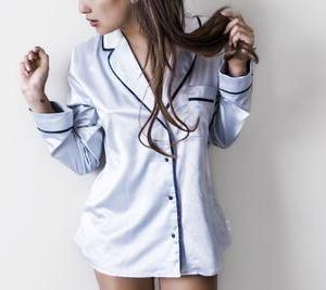 開襟シャツ(オープンカラー)がパジャマに見える人の原因とパジャマ化しない方法