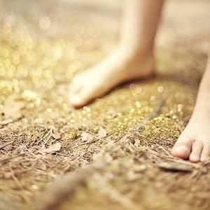 外反母趾になりやすい人の特徴と外反母趾の予防方法