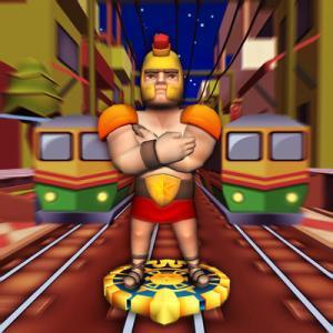 電車を避けて走っていく『グラディエーターアドベンチャー -電車のサーファー』