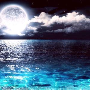 人生を思いっきり変えるには最適な水瓶座満月