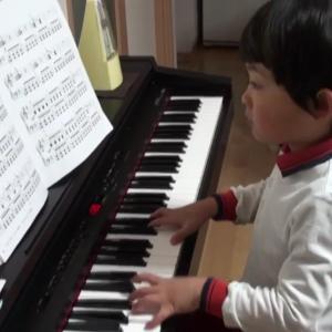 5歳⑥電子ピアノがやってきたよ🐵ぴあのまる🐵