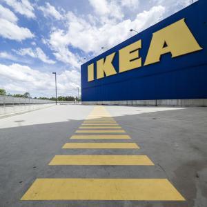 イケア(IKEA)の家具で死亡事故、被害家族に賠償金50億円