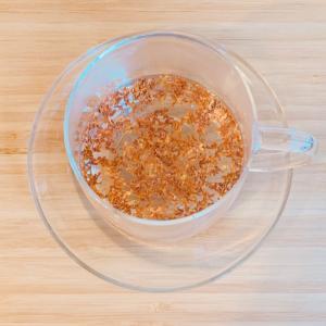 金木犀のお茶で、身体を温める。