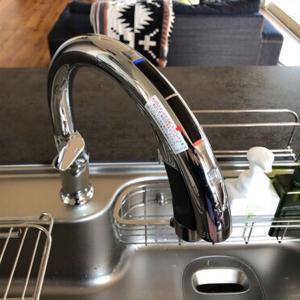 ハンズフリー水栓の浄水カートリッジの交換方法