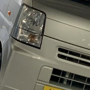 【画像】車内放置のイッヌがマジかわいそうだ…