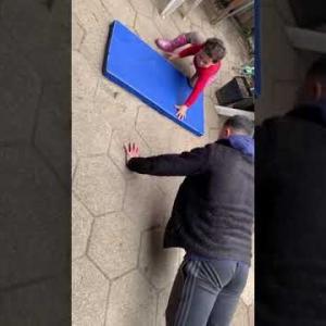 【3才児の遊び】トレーニングのこだわりがクスッと笑える🐣🐥 ハーフbabyマテちゃんねる  #short