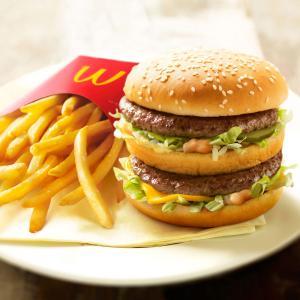 【悲報】マクドナルドのハンバーガー、110円になってしまう・・・・