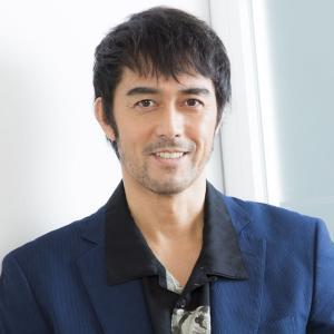 【悲報】阿部寛さんのホームページ、大幅に改悪…