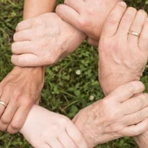 精神障害者と親や家族の3つの事例 〜愛さえあればOK!でもない〜