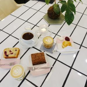 週末はヘルシンキの素敵なカフェに