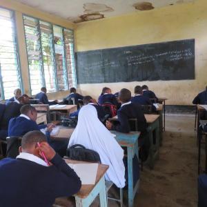 タンザニア北部 理系と文系