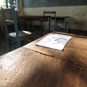 タンザニア北部、試験対策開始