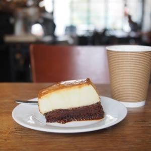 ARiSE COFFEE ENTANGLEのコーヒーとプリン