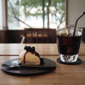 水出しコーヒーとチーズケーキ