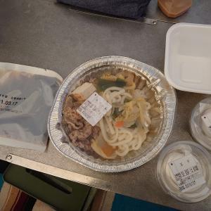 すき家のお家牛すき鍋はキャンプ飯に最適【今期は販売終了】