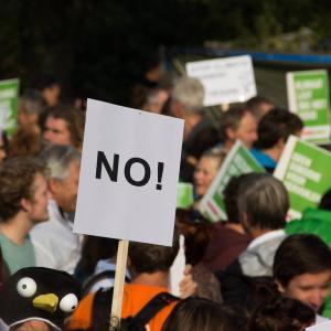 ザ・グレート・カリがインドの農業改革反対デモに参加